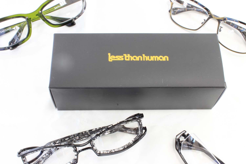 世界中で注目のドメスティック・ブランド レスザン ヒューマンpage-visual 世界中で注目のドメスティック・ブランド レスザン ヒューマンビジュアル