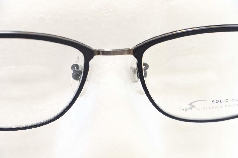 きちんと掛け具合を調整したメガネ掛けていますか?page-visual きちんと掛け具合を調整したメガネ掛けていますか?ビジュアル